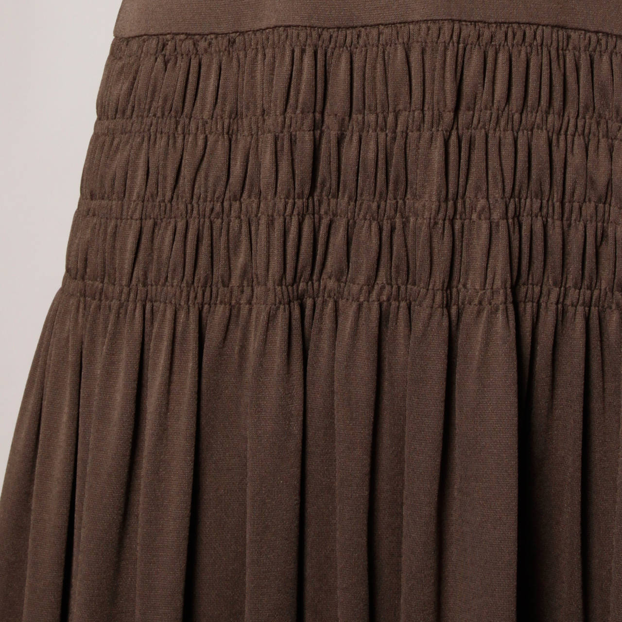 Bill Blass for Saks Fifth Avenue Ruched Brown Jersey Knit Dress For Sale 3