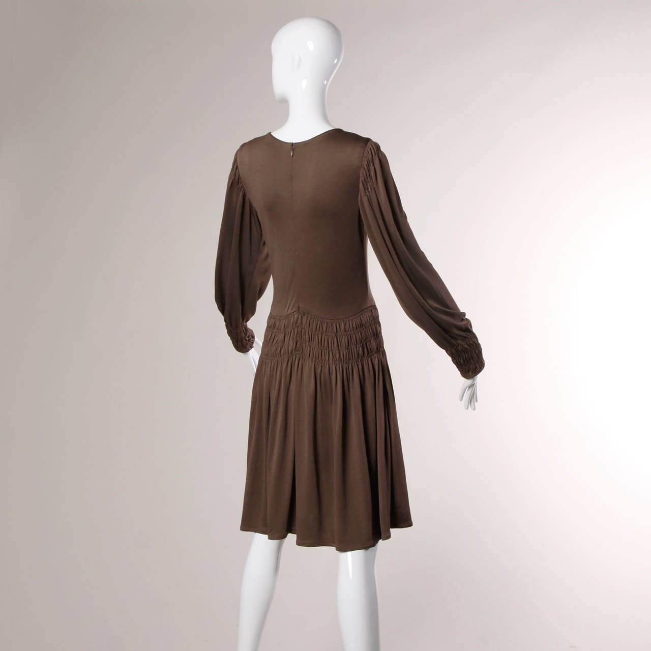 Bill Blass for Saks Fifth Avenue Ruched Brown Jersey Knit Dress For Sale 2