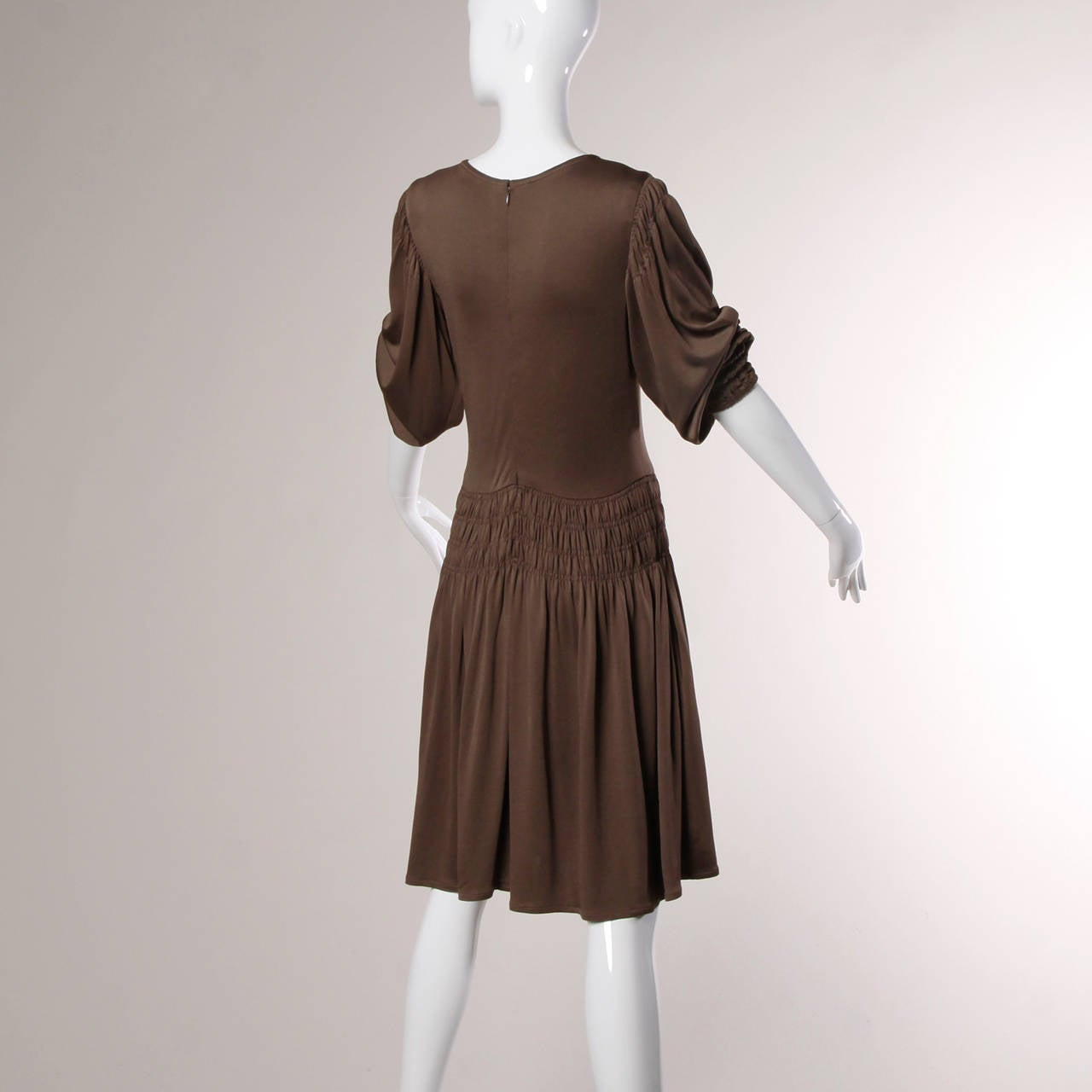 Bill Blass for Saks Fifth Avenue Ruched Brown Jersey Knit Dress For Sale 1