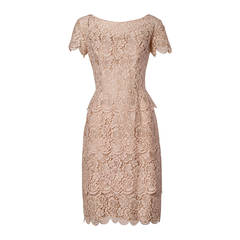 1960s Lilli Diamond Vintage Scalloped Lace Cocktail Dress in Pale Pink