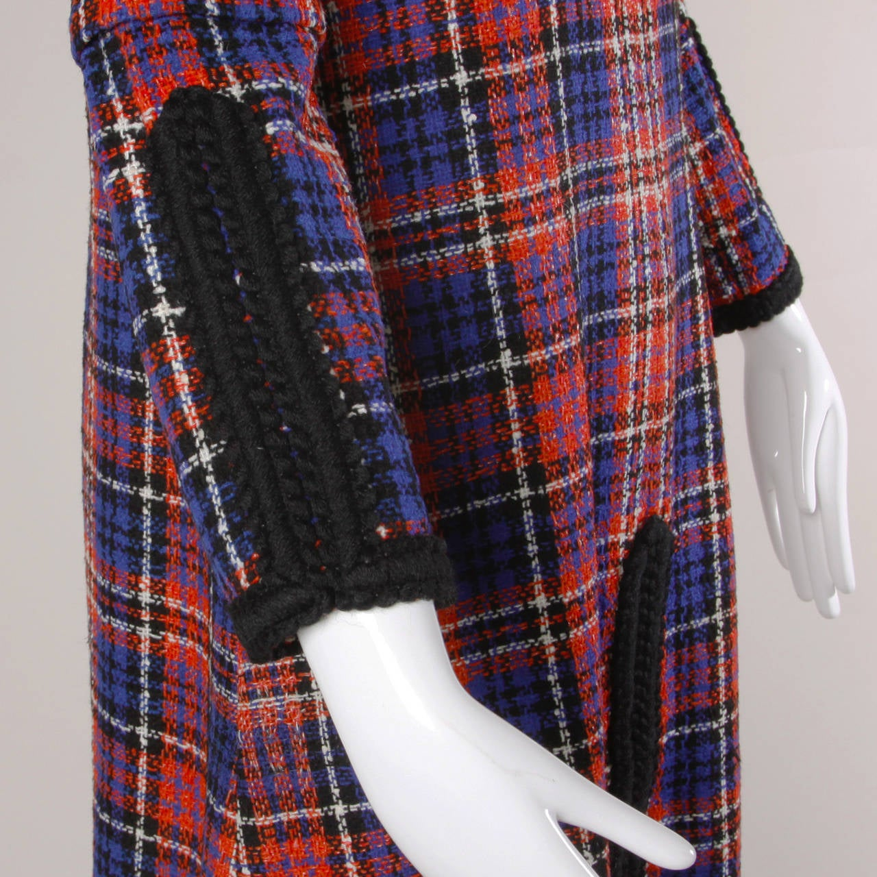 Oscar de la Renta Vintage 1960s Plaid Dress In Excellent Condition For Sale In Sparks, NV