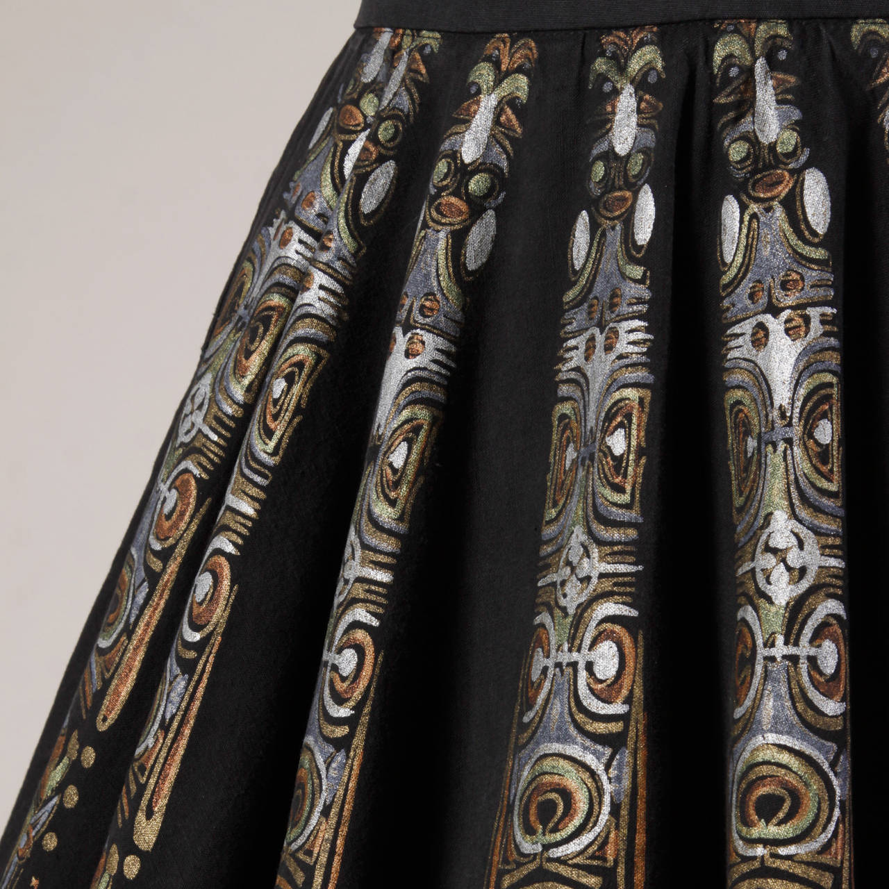 1950s Metallic Hand Painted Mexican Circle Skirt 2