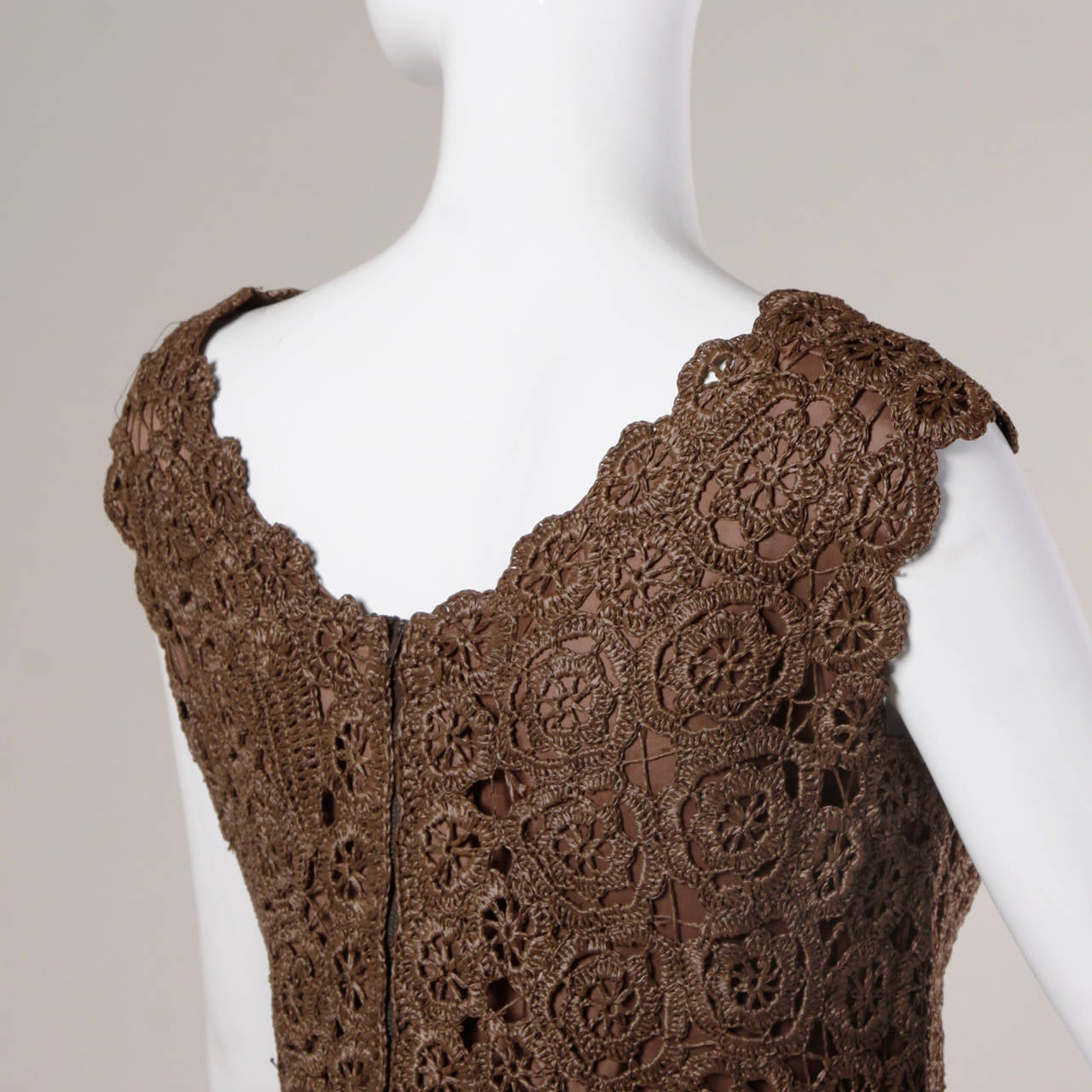 Women's 1960s Brown Scalloped Hand Crochet Raffia Lace Shift Dress For Sale