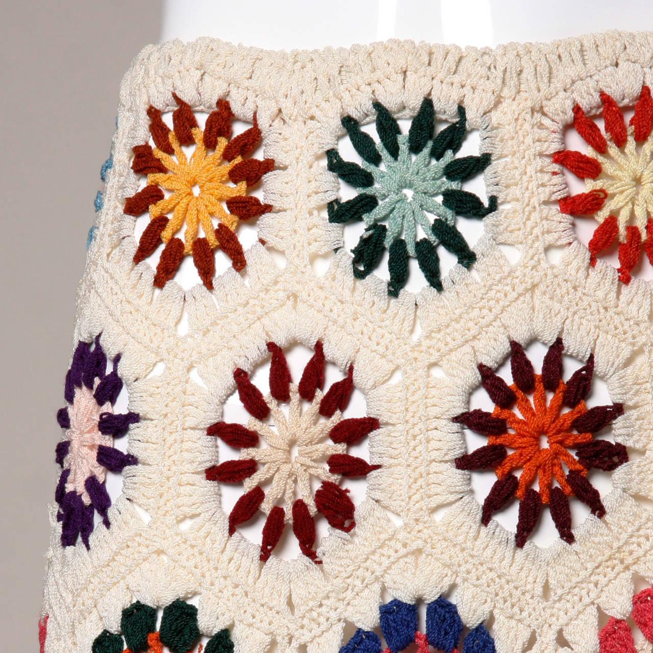 1970s Vintage Colorful Hand-Crochet Boho Maxi Skirt 2