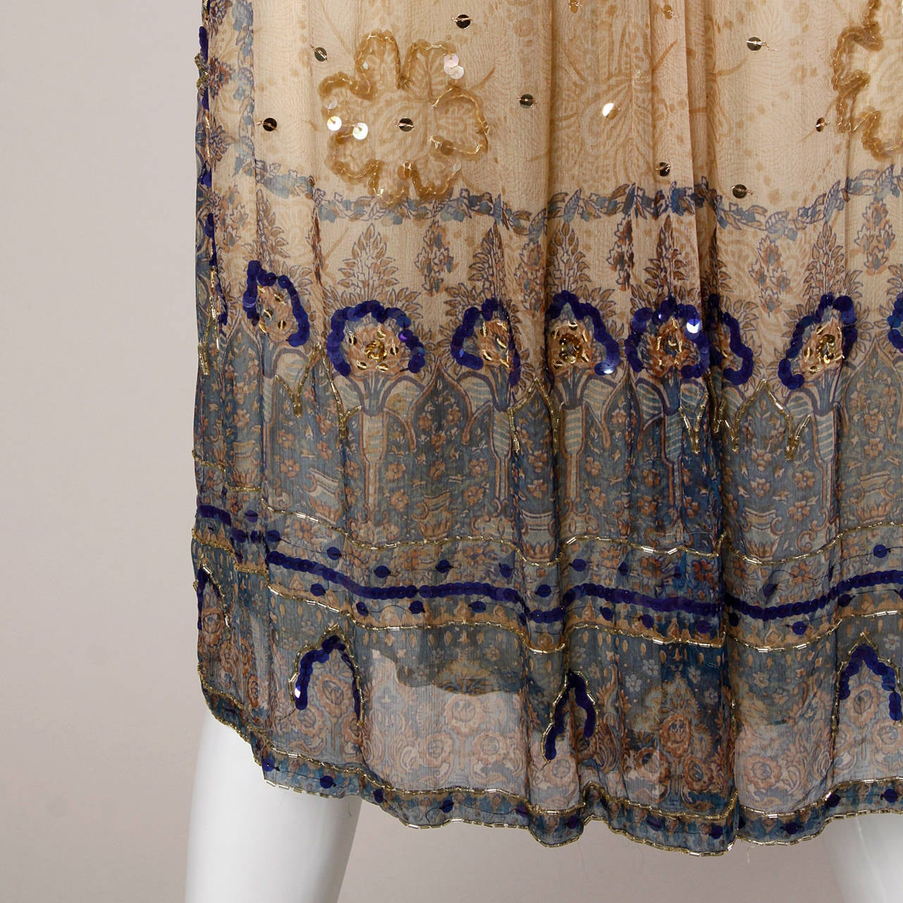 Judith Ann for Bullock's Wilshire Vintage 1970s Silk India Print Dress 7