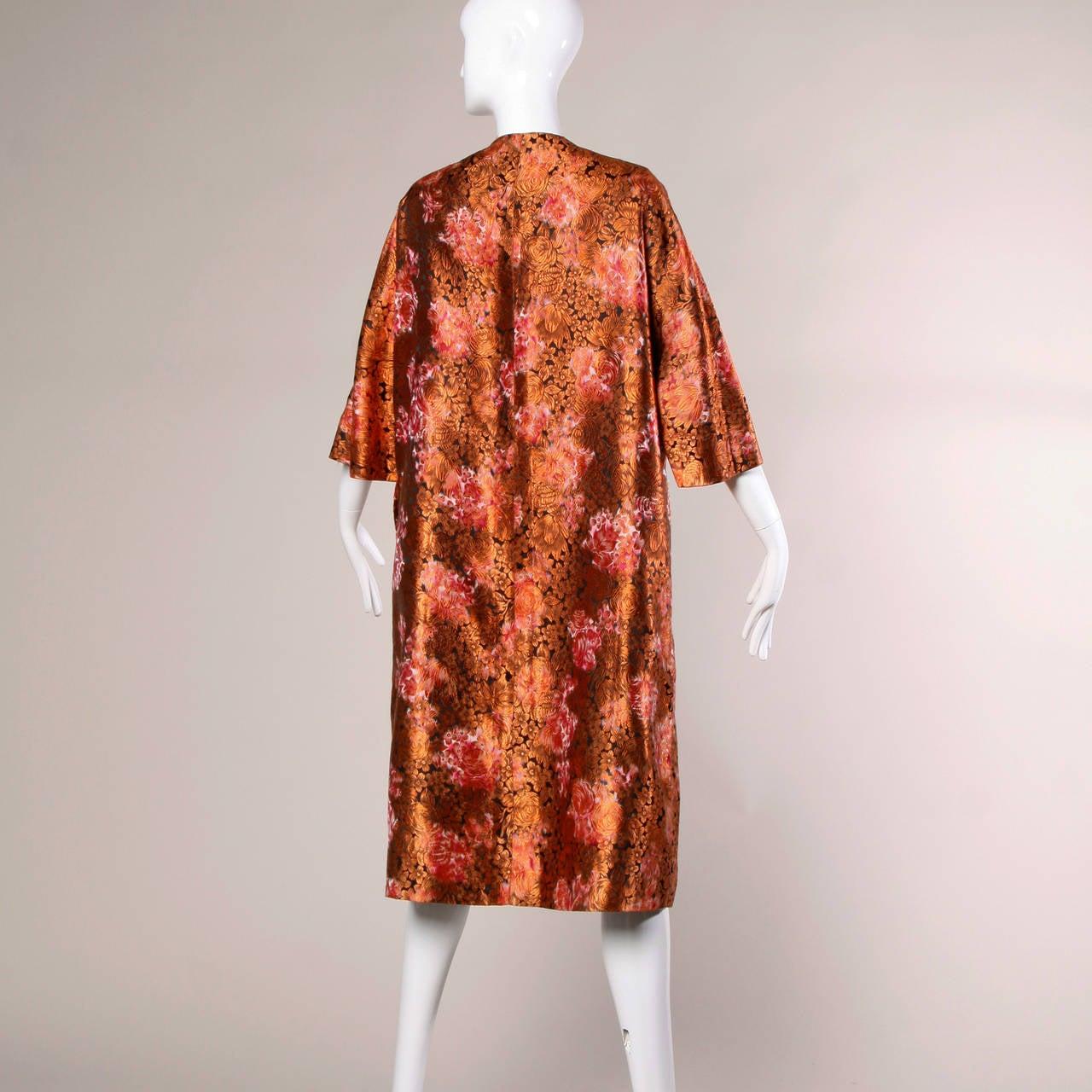 1960s Vintage Japanese Silk Kimono Coat or Robe 6