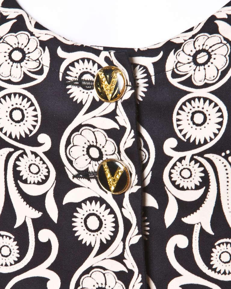 Gianni Versace Vintage 1990s 90s Black + Beige Scarf Print Short-Sleeve Jacket 3