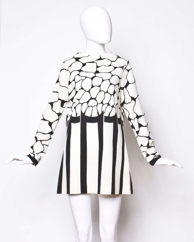 Signed Mr. Dino Vintage 1970s 70s Black + White Mod Print Tunic Mini Dress 2