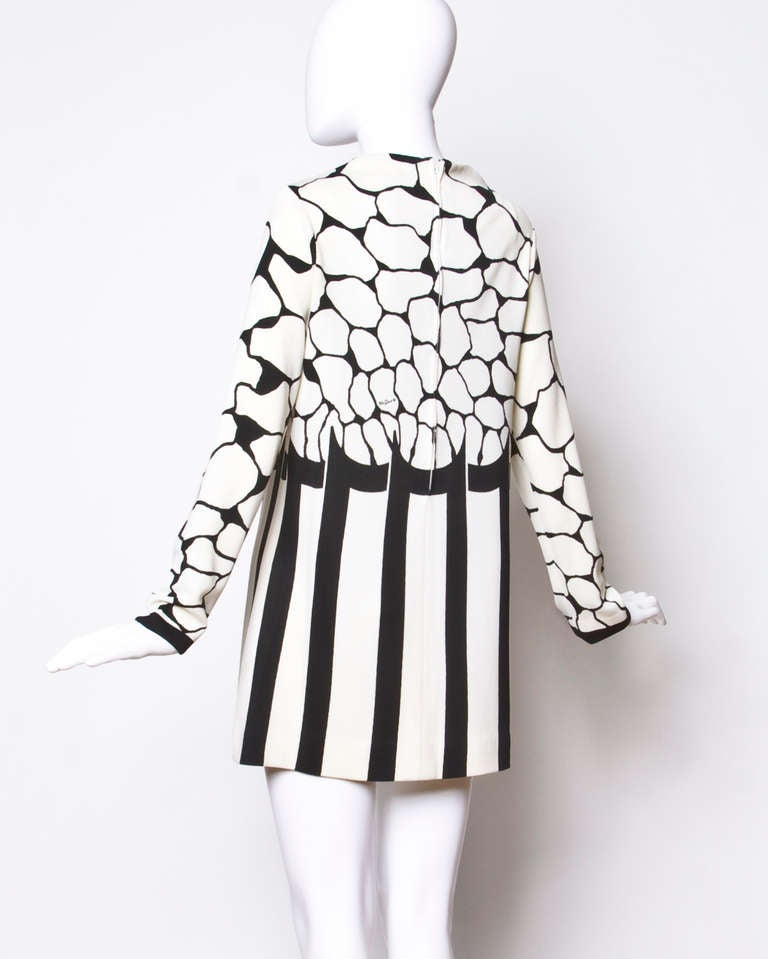 Signed Mr. Dino Vintage 1970s 70s Black + White Mod Print Tunic Mini Dress 4