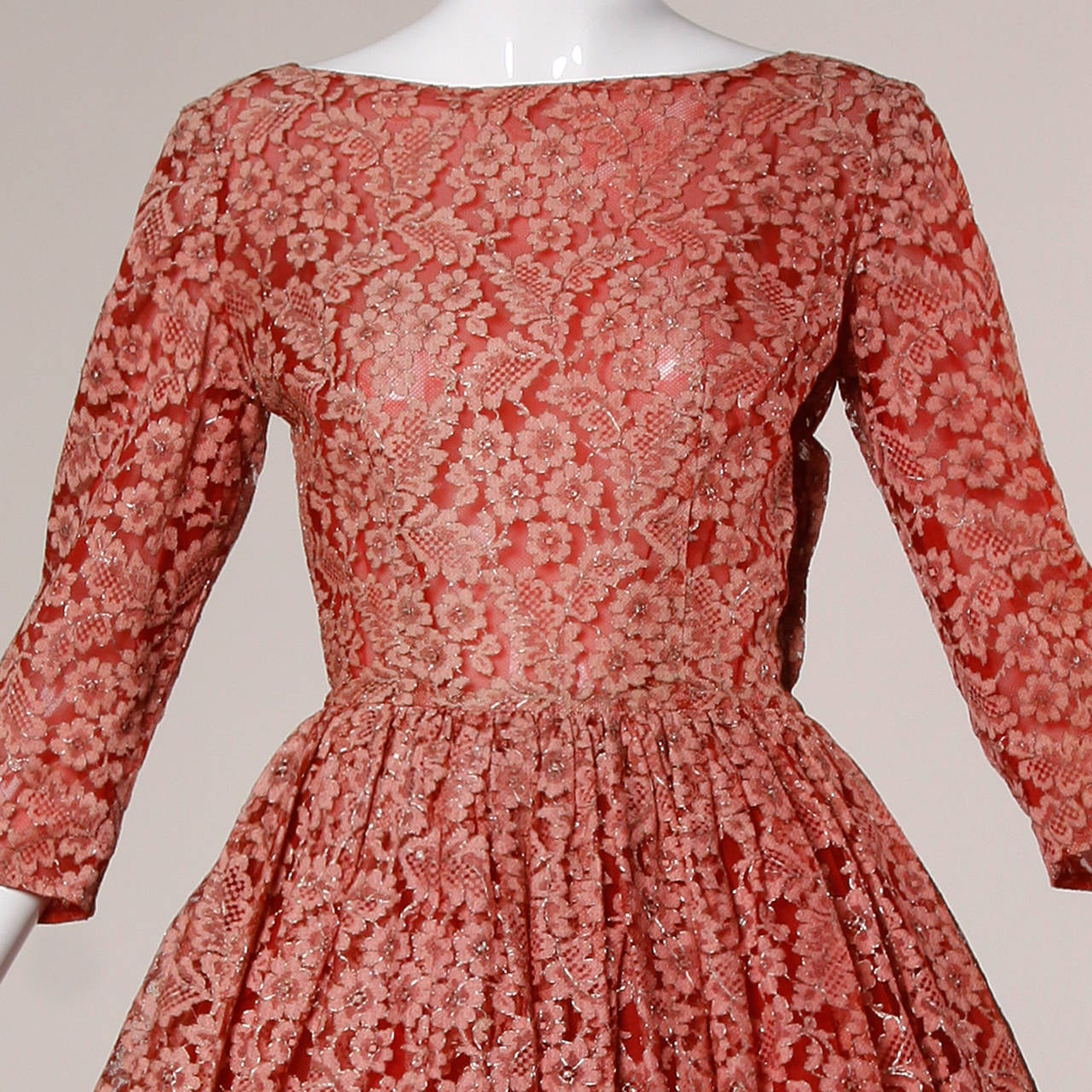 1950s Vintage Red Lace Cocktail Dress with Belt 9