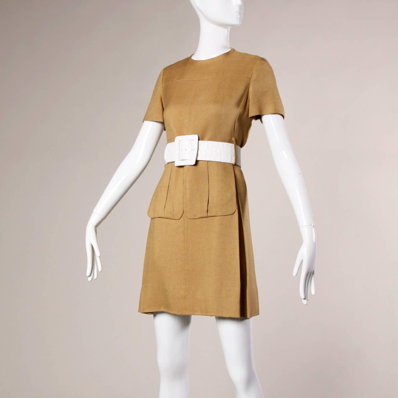Women's Donald Brooks 1960s Mod Vintage Camel Linen + Silk Dress with Belt For Sale