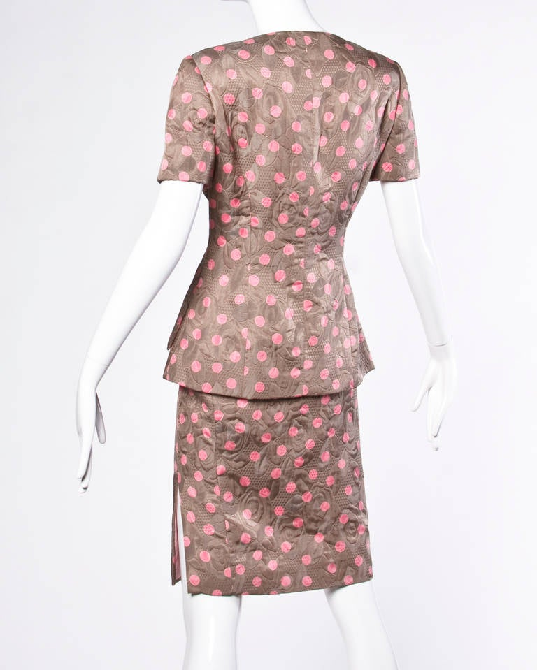 Bill Blass Vintage Quilted Silk Pink Polka Dot Jacket + Skirt Dress Suit In Excellent Condition For Sale In Sparks, NV