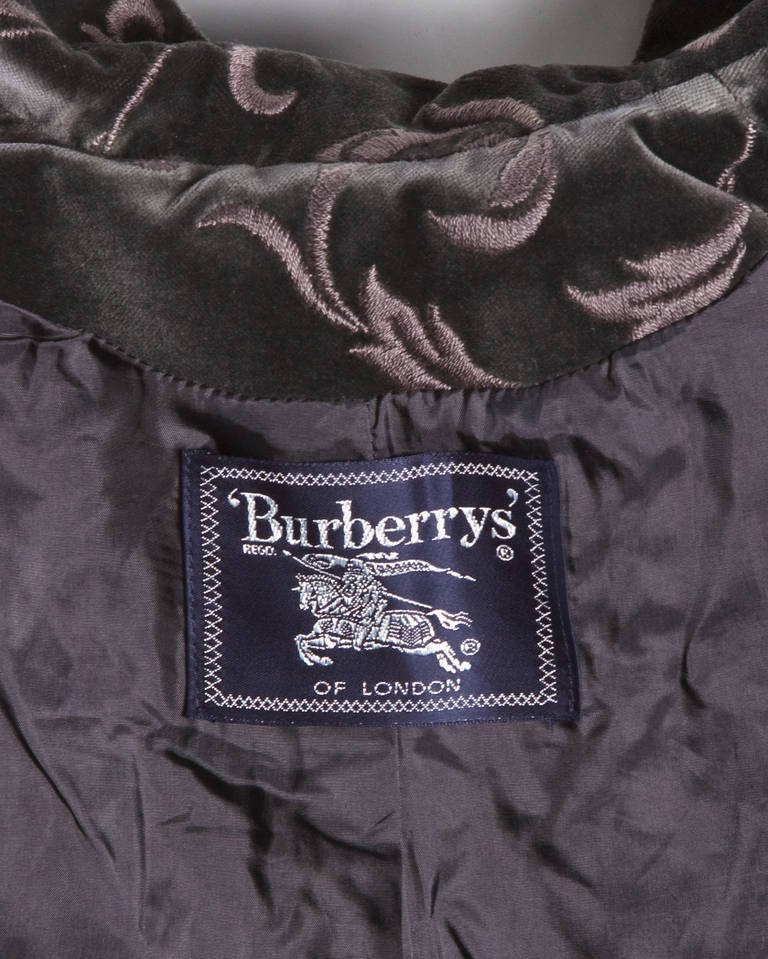 Burberry's Vintage Gray Embroidered Velvet Jacket + Skirt Dress Suit In Excellent Condition For Sale In Sparks, NV