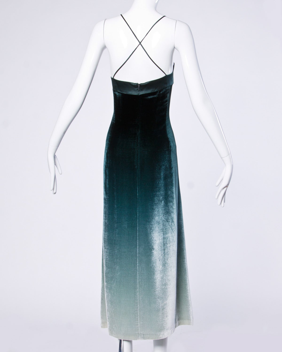 Emanuel Ungaro Plus-Size Green Ombre Silk Velvet Maxi Dress Size XL In Excellent Condition For Sale In Sparks, NV