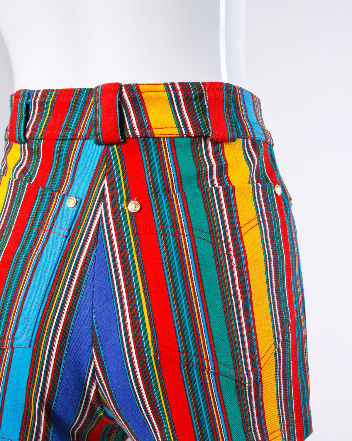 Women's 1993 Unworn Gianni Versace Couture Vintage Shorts as Worn by Naomi Campbell For Sale
