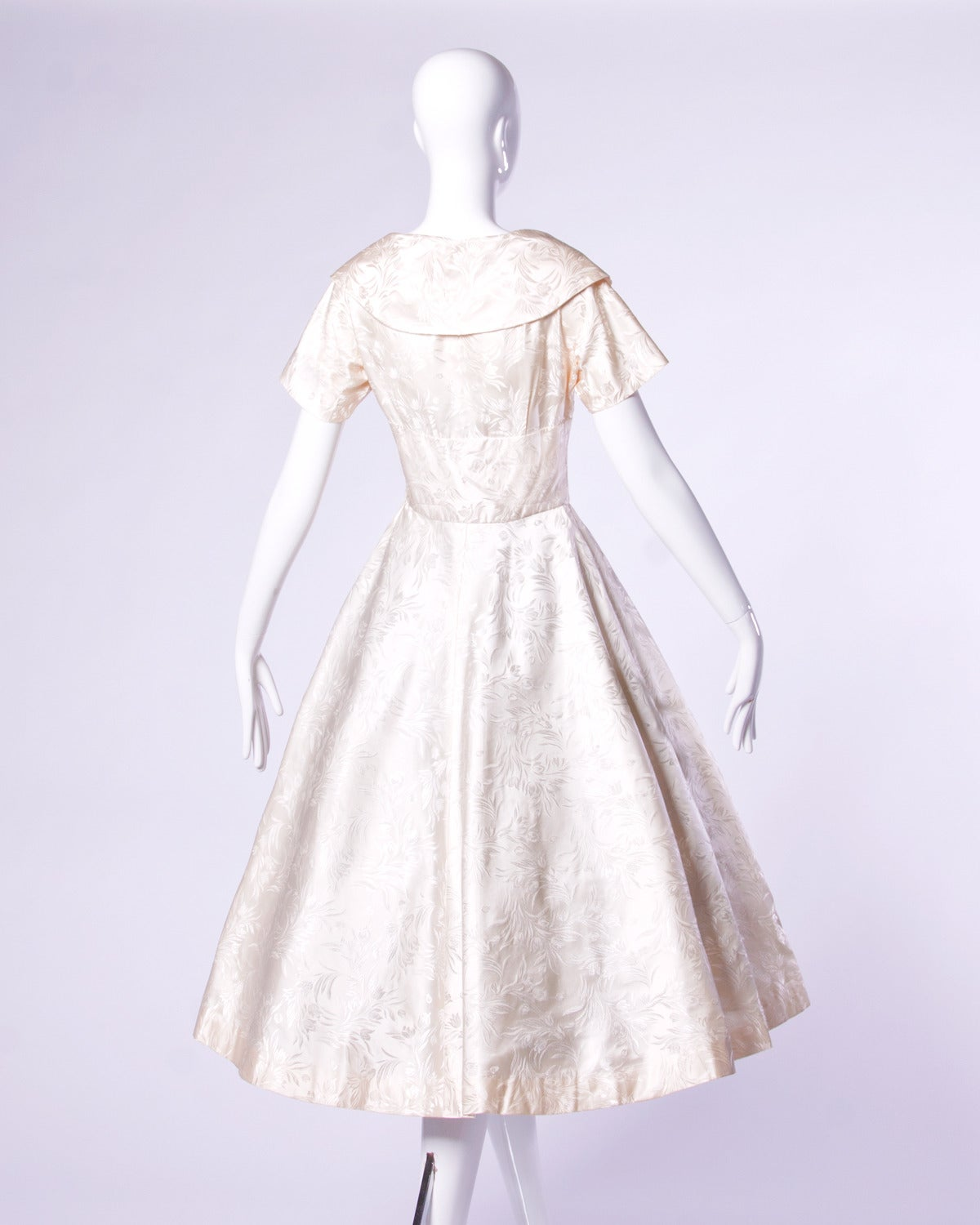 Women's Vintage 1950s 50s Silk Satin Ivory Full Sweep Wedding or Party Dress For Sale
