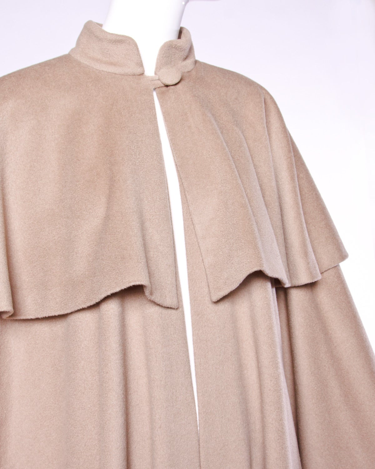 Moschino Couture! Vintage 1990s 90s Beige Wool Cape Coat 4