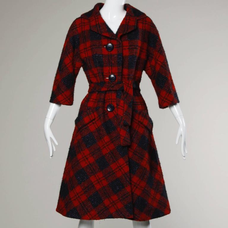Women's Sarmi 1960s Vintage Red Plaid Coat For Sale