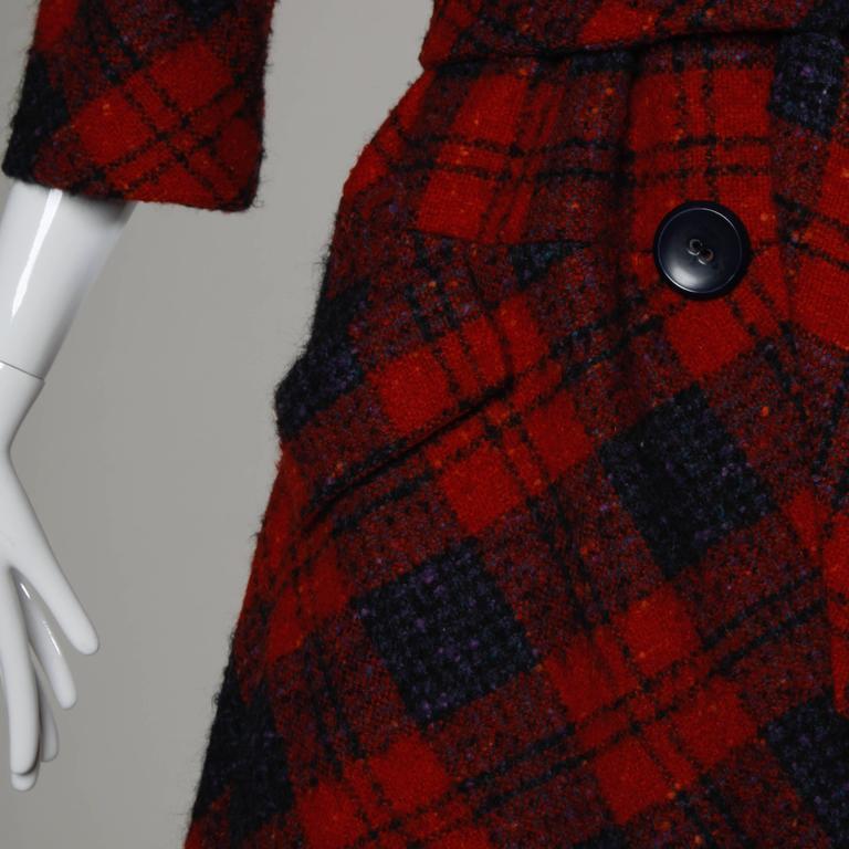 Sarmi 1960s Vintage Red Plaid Coat For Sale 3