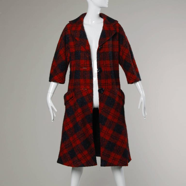 Sarmi 1960s Vintage Red Plaid Coat In Excellent Condition For Sale In Sparks, NV