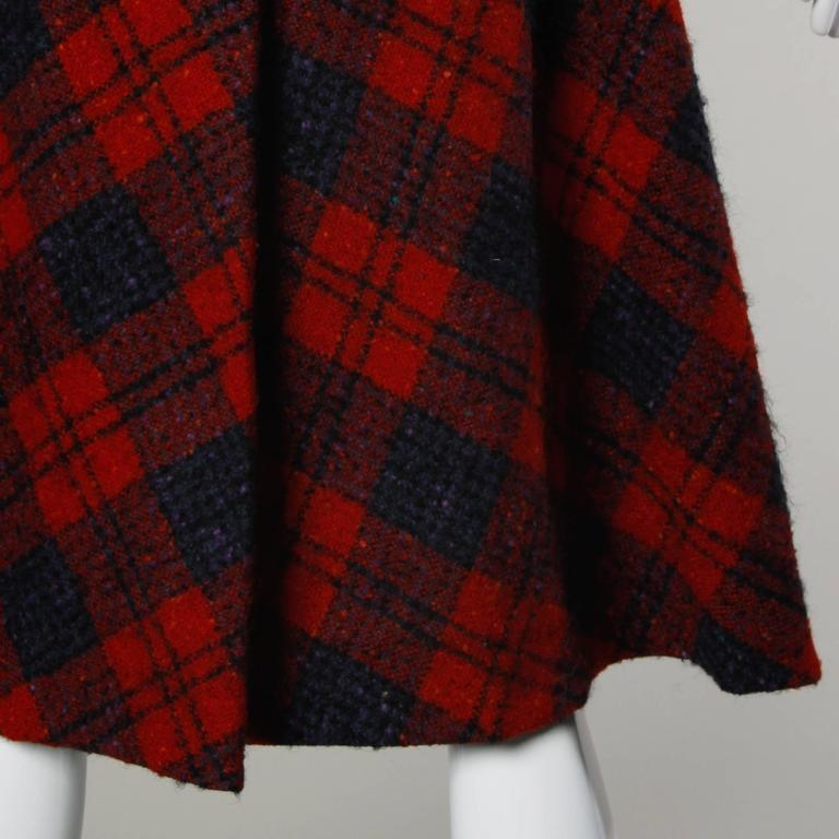Sarmi 1960s Vintage Red Plaid Coat For Sale 5