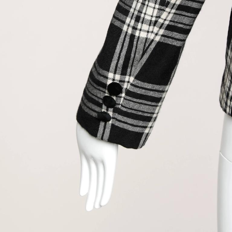 Moschino Vintage Black + White Wool Plaid Blazer Jacket For Sale 2
