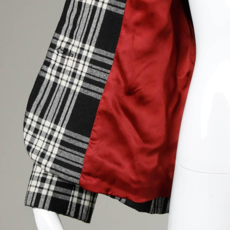 Moschino Vintage Black + White Wool Plaid Blazer Jacket For Sale 4
