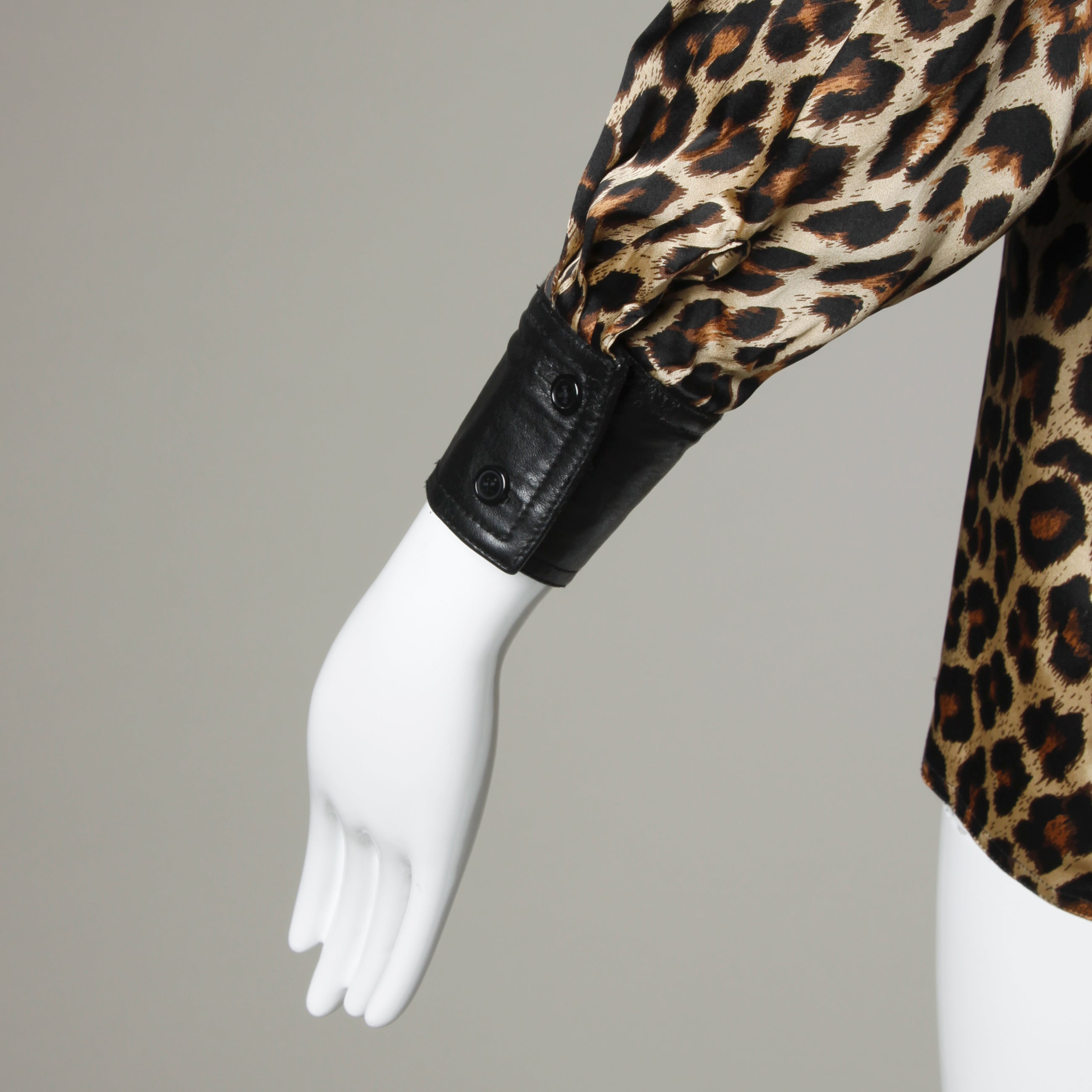 6f4ae25576aa7 Lillie Rubin Vintage Silk Leopard Print Blouse with Leather Trim at 1stdibs