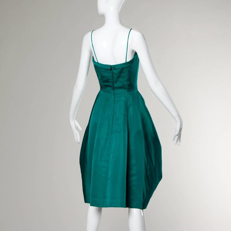 Suzy Perette Vintage 1950s Green Silk Cocktail Dress with an Origami Bubble Hem In Excellent Condition For Sale In Sparks, NV