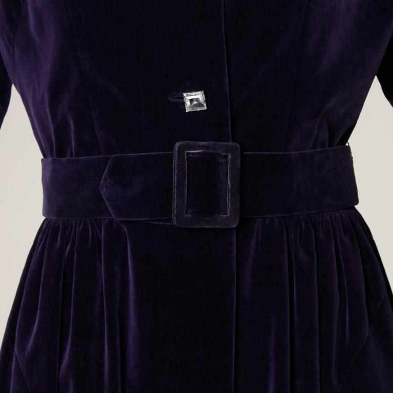 Gorgeous 1940s Vintage Purple Velvet Coat with Glass Buttons + Matching Belt In Excellent Condition For Sale In Sparks, NV