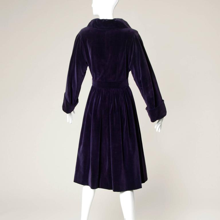 Black Gorgeous 1940s Vintage Purple Velvet Coat with Glass Buttons + Matching Belt For Sale