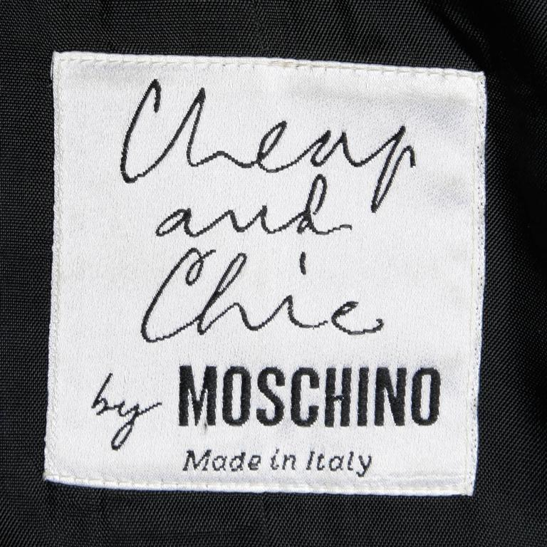 "Moschino Vintage 90s Black Blazer Jacket with Novelty ""Thimble"" Buttons 4"