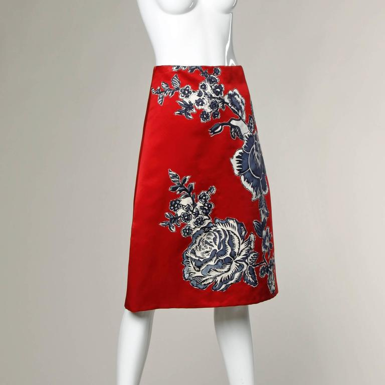 Bill Blass Vintage Red Silk Satin Skirt with Screen Printed Flowers For Sale 1