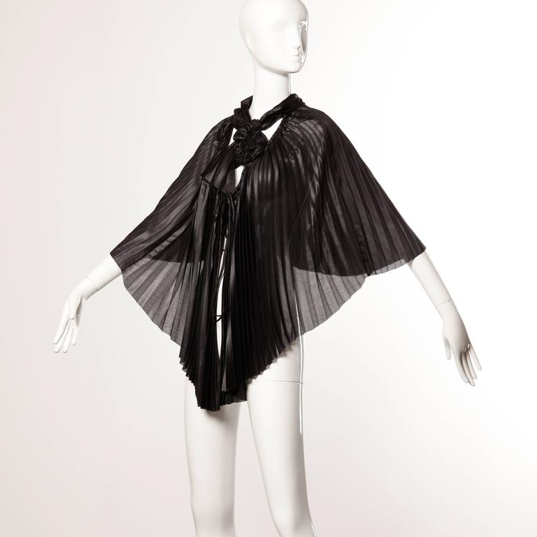 Women's Issey Miyake Vintage Avant Garde Pleated Origami Black Cape Jacket or Tunic For Sale