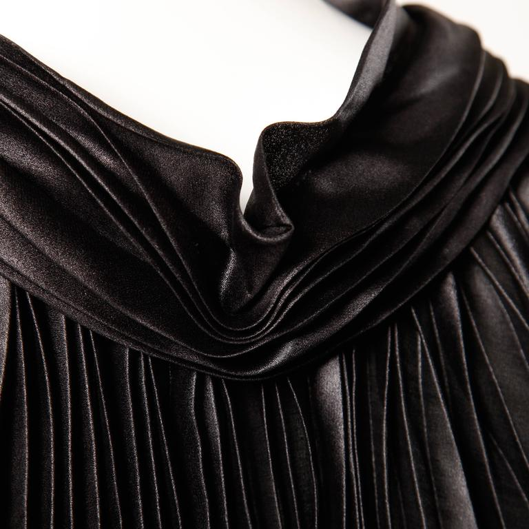 Issey Miyake Vintage Avant Garde Pleated Origami Black Cape Jacket or Tunic For Sale 1