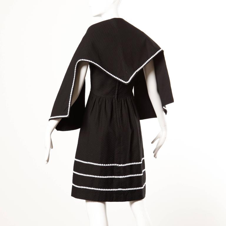 1960s Oscar de la Renta Vintage Black + White Dress + Wrap Ensemble For Sale 1