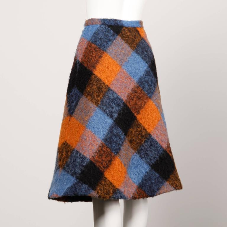 1960s Vintage Nelly De Grab Mohair Wool Skirt with Horsehair Crinoline In Excellent Condition For Sale In Sparks, NV