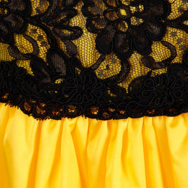 Unworn with Tags Bill Blass Vintage Yellow + Black Lace Halter Dress 7
