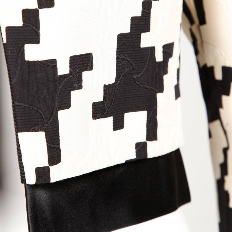 Genny by Vesace Vintage 1990s Silk + Wool Houndstooth Print Jacket 6
