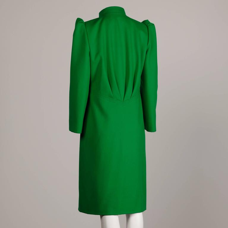 Galanos 1980s Vintage Avant Garde Kelly Green Wool Coat with Bold Shoulders 2