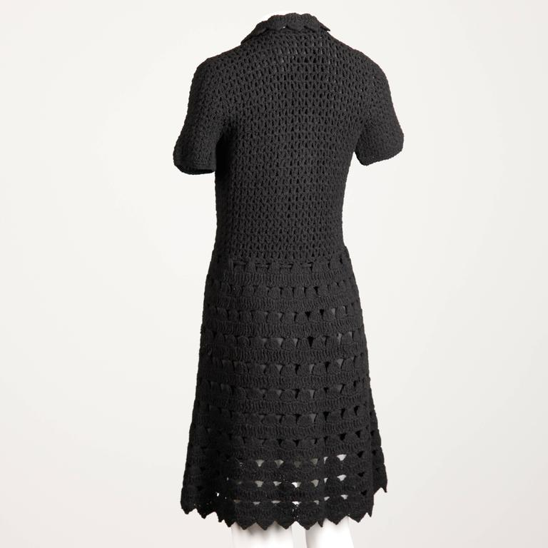 1960s Vintage Black Wool Hand Crochet Dress In Excellent Condition For Sale In Sparks, NV