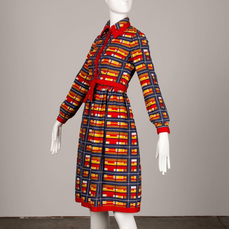 1970s Vintage Oscar de la Renta Matching Plaid Dress + Jacket Ensemble For Sale 3