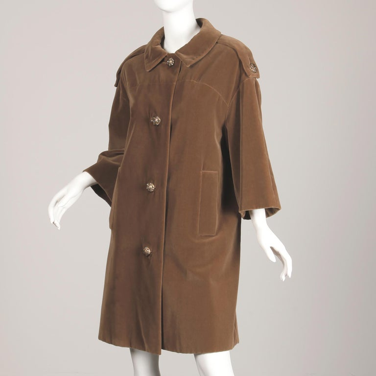 1960s Charles Cooper for Nan Duskin Vintage Brown Velvet Military Mod Coat For Sale 3