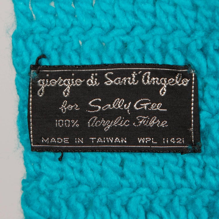 Rare Unworn 1970s Giorgio Sant'Angelo Colorful Knit Sweater Hat + Scarf Ensemble In New Condition For Sale In Sparks, NV