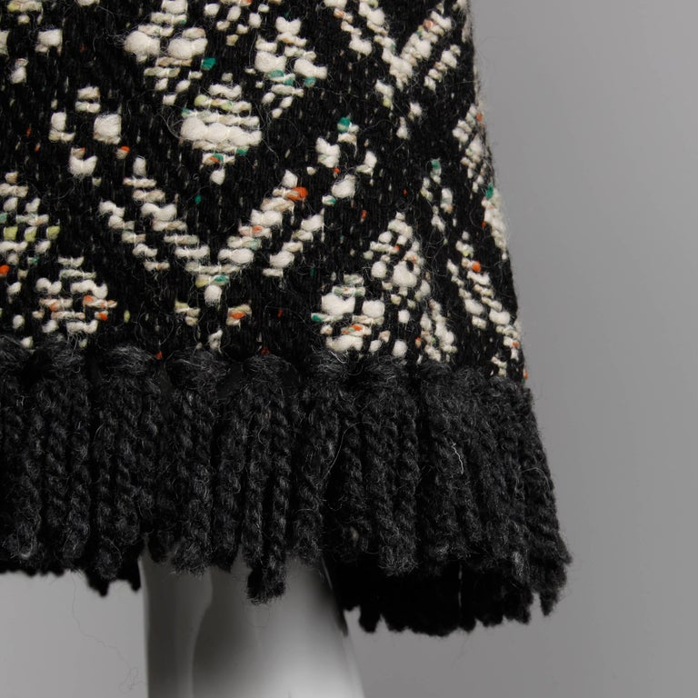 1970s Vintage Black + White Irish Wool Tweed Cape Coat with Fringe Trim For Sale 2