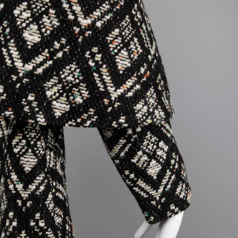 1970s Vintage Black + White Irish Wool Tweed Cape Coat with Fringe Trim For Sale 3