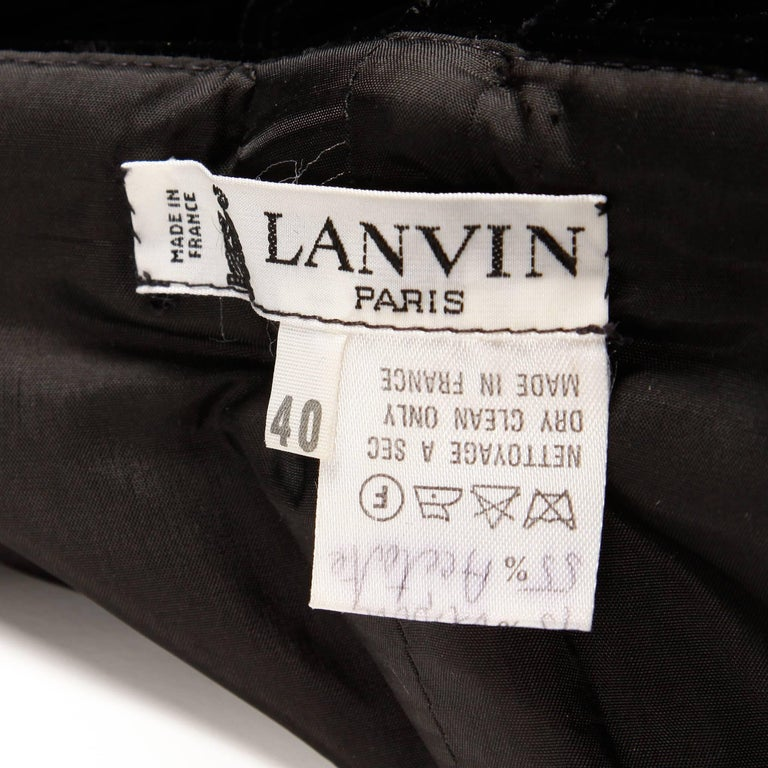1980s Lanvin Vintage Black Silk Velvet Evening Dress/ Gown with Bows and Train In Excellent Condition For Sale In Sparks, NV