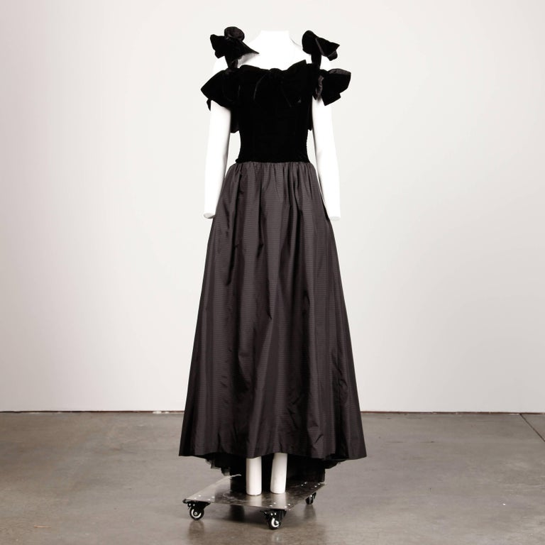 Women's 1980s Lanvin Vintage Black Silk Velvet Evening Dress/ Gown with Bows and Train For Sale