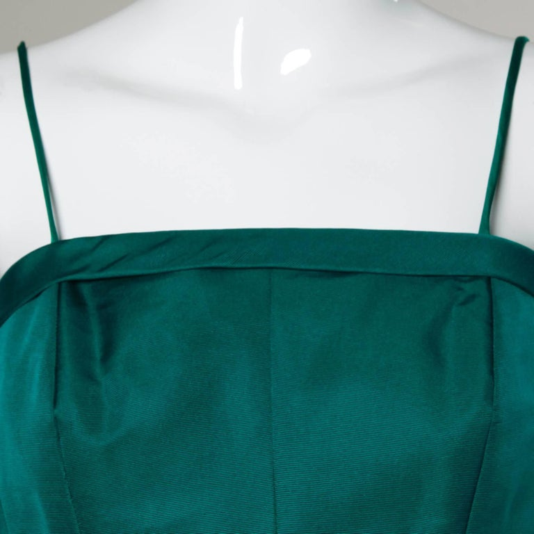 1950s Suzy Perette Vintage Green Silk Cocktail Dress with an Origami Bubble Hem For Sale 1