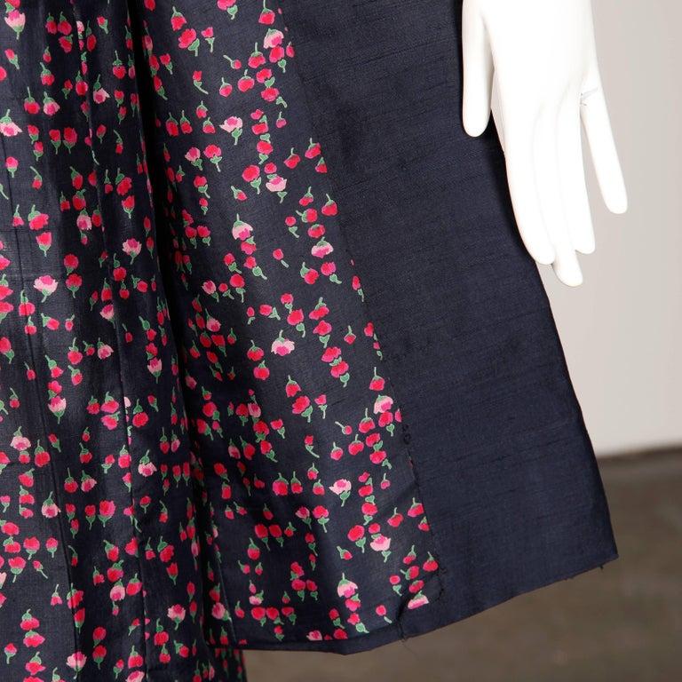 Black 1960s Vintage Floral Print Silk Sheath Dress and Coat 2-Piece Ensemble For Sale